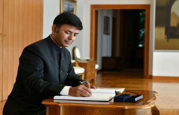The Ambassador of India to Croatia H.E. Mr. Raj Kumar Srivastava presenting his credentials to the Hon'ble President of the Republic of Croatia, Mr. Zoran Milanović at the Presidential Office on Wednesday, October 14, 2020