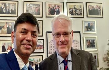 H.E. Ambassador Raj Kumar Srivastava met H.E. Mr. Ivo Josipović, the former President of Croatia and discussed emerging opportunities to strengthen India-Croatia partnership in diverse areas.