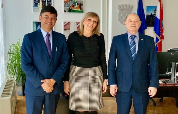 H.E. Ambassador Raj Kumar Srivastava had a wonderful meeting with Dr. Željko Plazonić, State Secretary, Ministry of Health where both officials exchanged ideas for strengthening India-Croatia Healthcare cooperation that includes medical devices, pharmaceuticals, skilled Human Resources & traditional medical systems like Yoga & Ayurveda.
